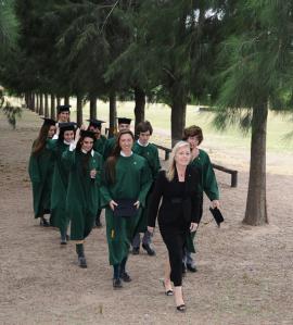 Egresados del Colegio San Patricio Moreno